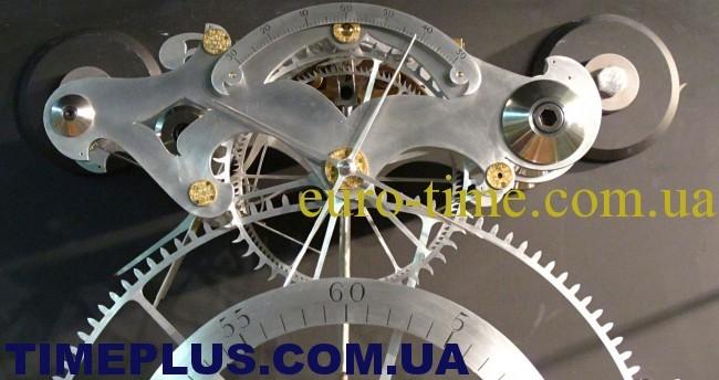 clock-009-650x344