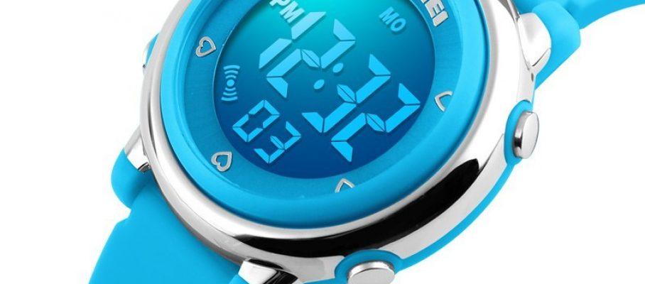 dg1100-blue-watch-smal-boy-girl